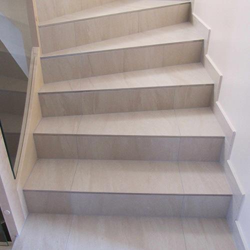 Carrelage deck carreleur mothern guide artisan guide for Pose de carrelage dans un escalier